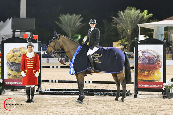 Tiffany Foster Amp Victor Win 125 000 Wef Challenge Cup